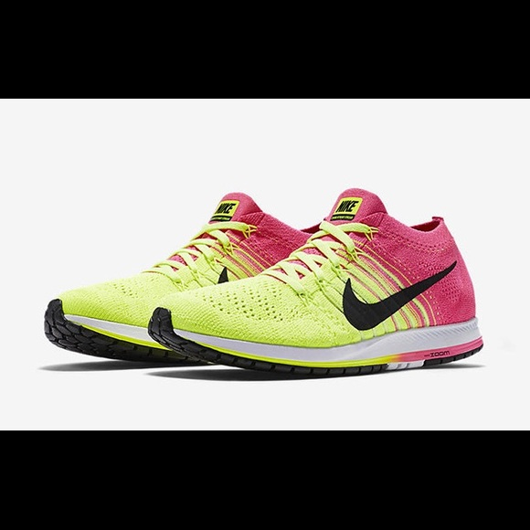 special sales new concept top quality Nike Zoom Flyknit Streak pink/yellow 6.5